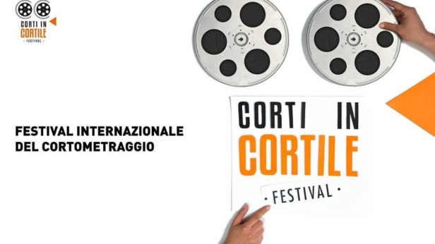 corti in cortile logo