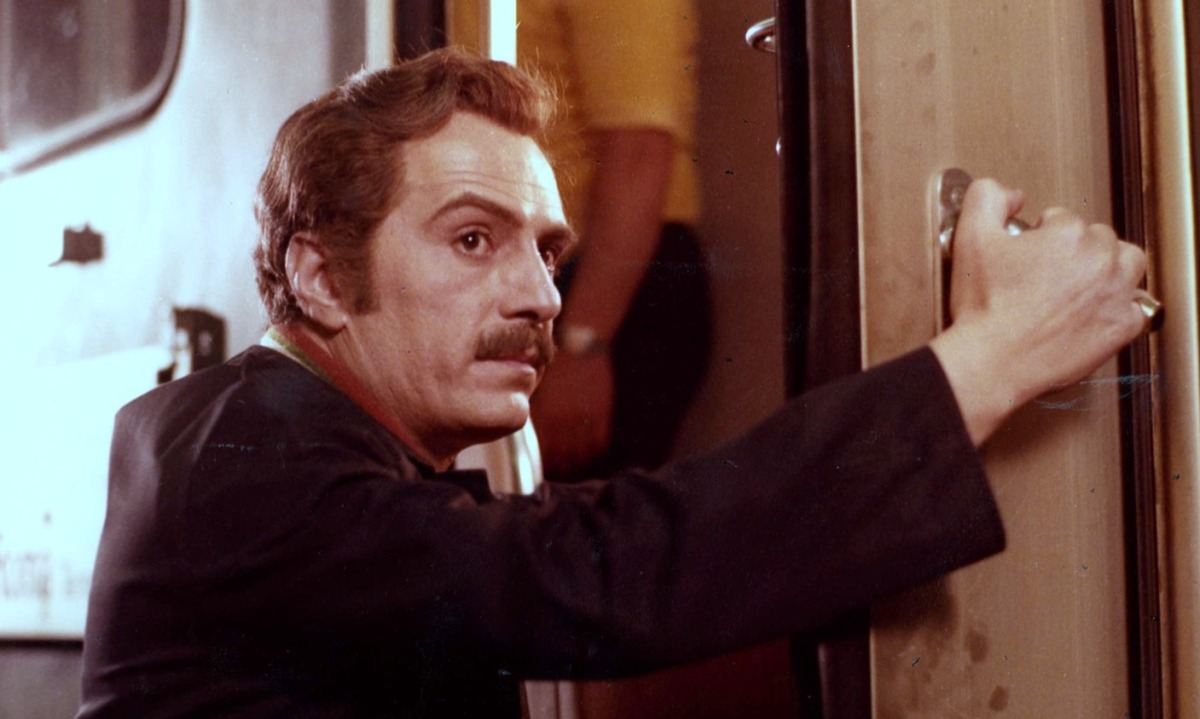PANE E CIOCCOLATA (1973) di Franco Brusati - recensione del film
